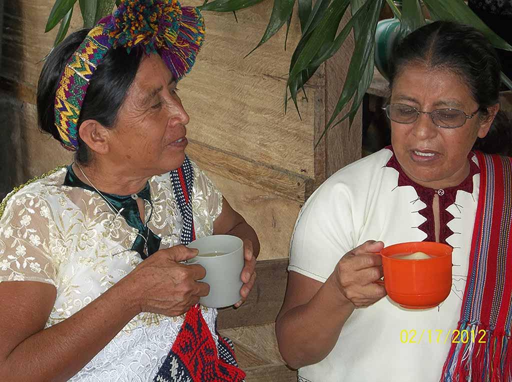 women-tea